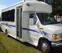 Mini-Coach-deluxe-21-pax